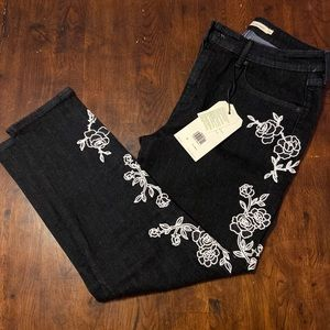 Levi's 721 High Rise Embroidered Jeans Size 31